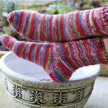 Berry Nice cuff-down Socks