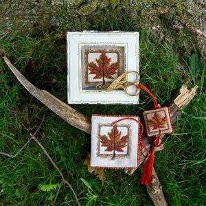 Maple Glory Needlework Set