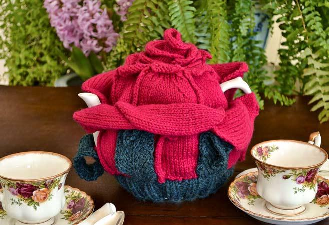Rozy Cozy Tea Cozy