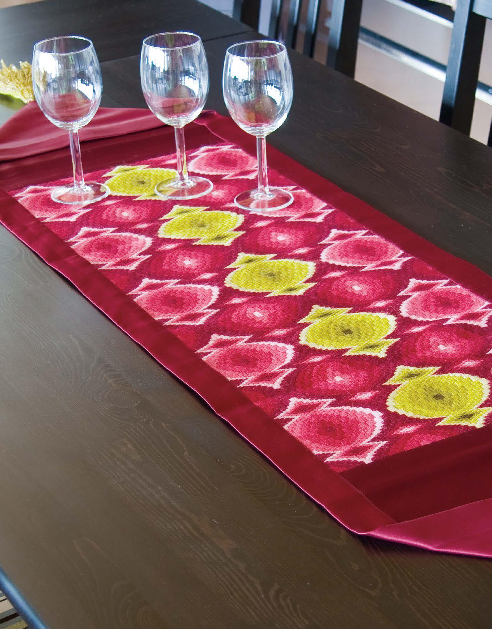 Bolo Bargello Table Runner Pattern - Festive 2011