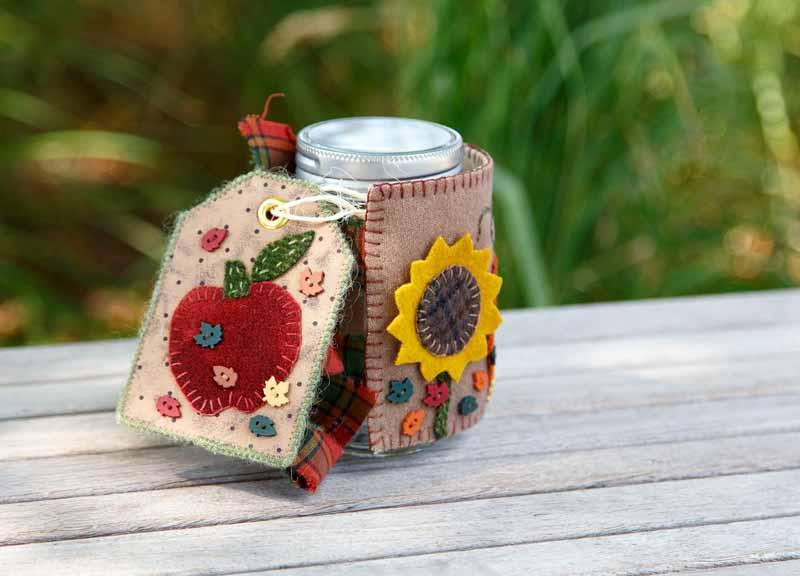 Harvest Time Mason Jar Cosy Pattern - Fall 2016