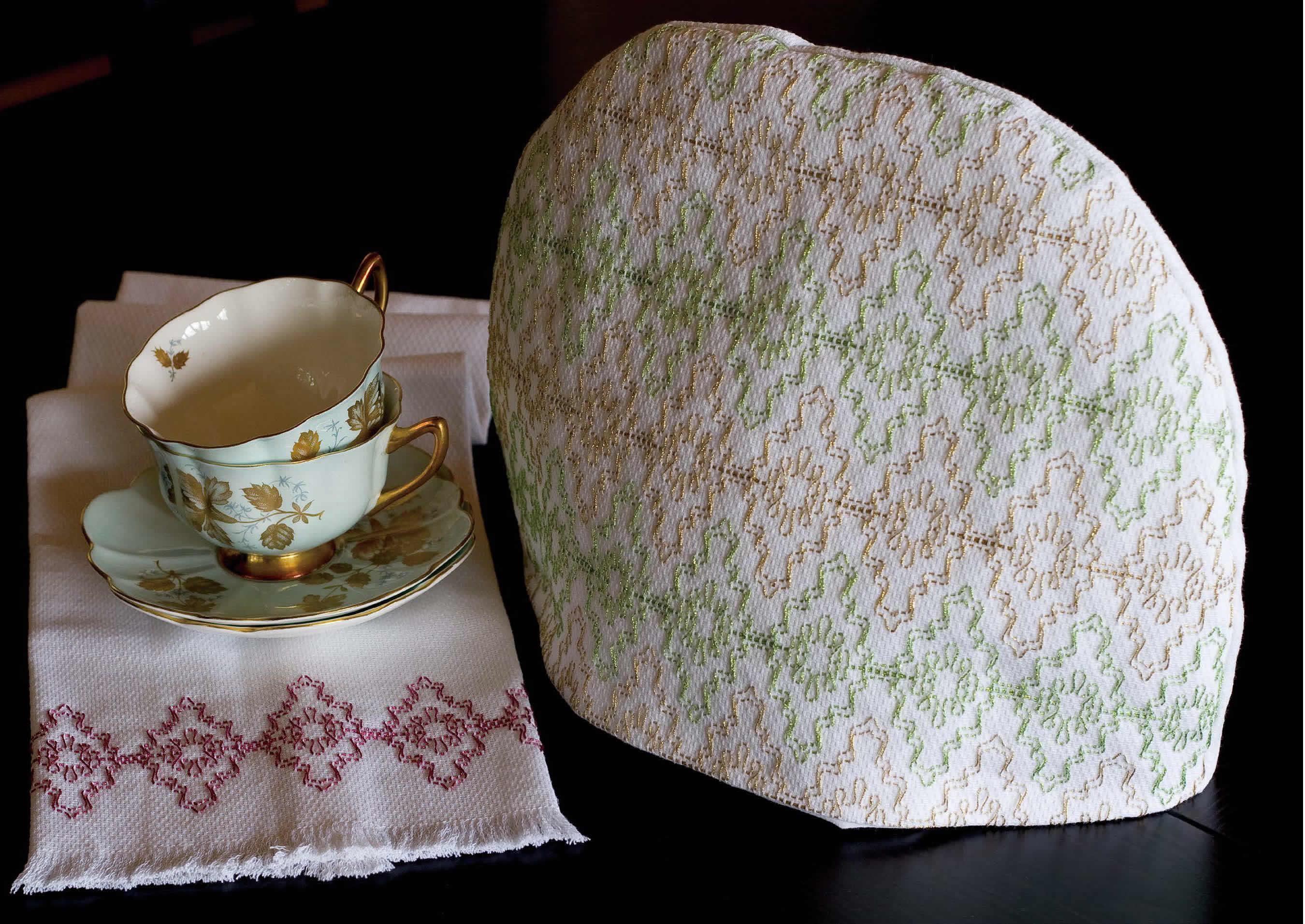 Victorian Christmas Lace Tea Cozy & Tea Towel Set Pattern - Festive 2011