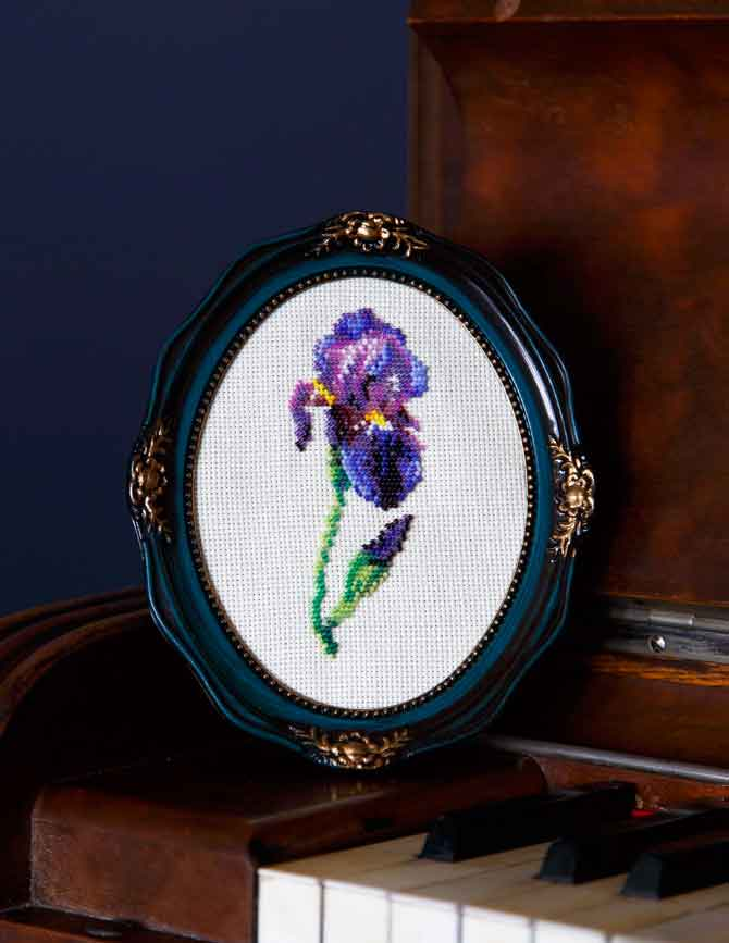 Beaded Iris-istible